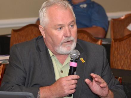 IVP JOE MALONEY conduce una discusión sobre el entrenamiento de duplicación de seguridad y la necesidad de un estándar  nacional.