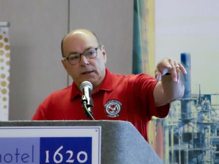 El vicepresidente internacional por el Noreste John Fultz anuncia un nuevo centro de capacitación en East Hartford, Connecticut.
