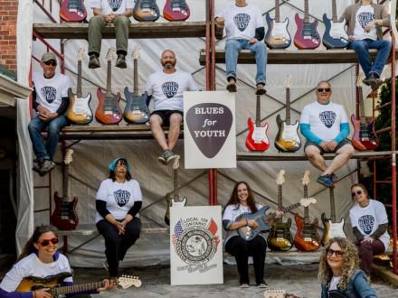 El equipo de Paisley Blues Festival muestra su gratitud al L-128 por dar un paso al frente para apoyar un programa juvenil modificado, el Programa de Préstamo de Guitarras para Jóvenes, después de que el COVID-19 obligara a cancelar el festival anual.