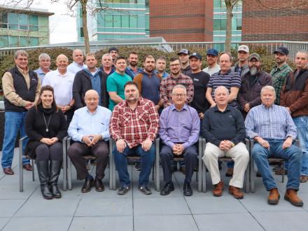 Canadienses completan un curso de gestión de proyectos en Vancouver del 26 al 31 de enero.