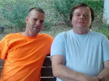 Chad Riley, izquierda, y su padre, Jeff Riley, L-455 (Sheffield, Alabama).