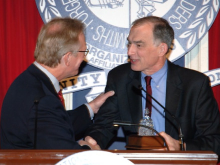 Rep. Peter Visclosky (D-1st IN), r., accepts the 2009 LEAP Legislator of the Year Award from IP Newton Jones.