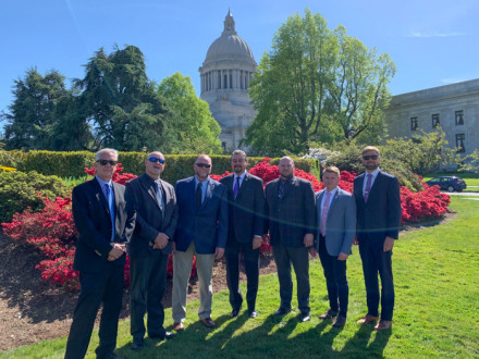 IVP-WS J. Tom Baca visits the Washington Capitol with Washington local business managers L-502's Tracy Eixenberger and L-242's Luke Lafley. From l. to r. Eixenberger, Mark Keffeler, Lafley, J. Tom Baca, Erik Seaberg, Mircha Vorobets and Trent Sorenson.