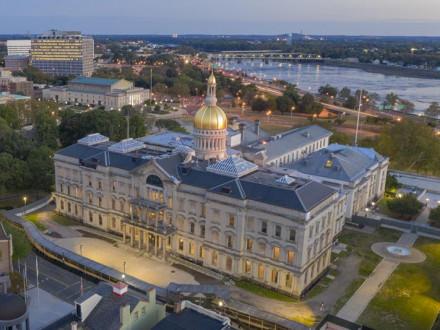 NJ Governor signs historic Boilermaker-backed work bill