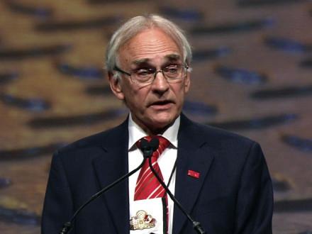 ICEM President Manfred Warda