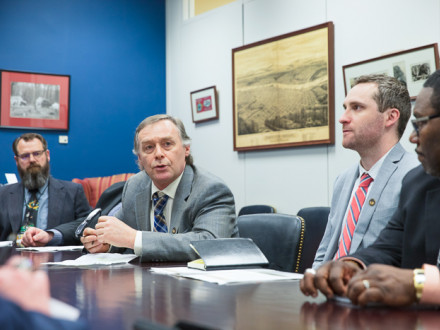 L-502's Mike Anthony, second from left, discusses CCUS funding with aides to Sen. Jeff Merkley (D-Oregon) with l. to r., Steve Behling, L-104; Travis Dilley, L-242; and Timothy Tibbs, L-290.