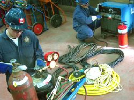 Hands-on training at the L-146 WorkSmart program includes learning how to safely set up and use oxy-acetylene cutting equipment.