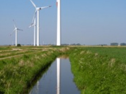 Four Boilermaker lodges represent members who fabricate wind turbines, a green energy source: Local 19 (Philadelphia), Local 92 (Los Angeles), Local 104 (Seattle), and Local 656 (Chattanooga, Tenn.).