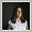 Dawn Patterson, de Perrysburg, Ohio, toma un medicamento multimillonario para tratar una rara enfermedad ósea que también tienen dos de sus hijos. Crédito Maddie McGarvey para The New York Times.