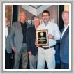 Scott Hammond, BM-ST del Local 105 (Piketon, Ohio), acepta el Premio a la Seguridad John F. Erickson, de NACBE, en nombre de su logia durante la Conferencia de las Operaciones del Sector de la Construcción 2018 en Fort Lauderdale, Florida, el 5 de marzo. De izq. a der. están IST Bill Creeden, IVP-GL Larry McManamon, el director ejecutivo de NACBE Ron Traxler, Hammond e IP Newton Jones.