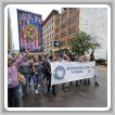 Los Boilermakers y otras mujeres sindicales inundan el centro de Minneapolis durante una marcha.