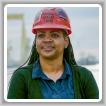 La representante de la sede sindical internacional Érica Stewart, miembro del L-693, ha sido nombrada coordinadora nacional de las Iniciativas de las Mujeres en los Oficios para el Fondo de Inversión Laboral M.O.R.E.