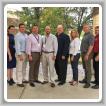 De izquierda a derecha: Mark Wertz, Administrador Auxiliar BNAP; Kathy McComb, Asistente Técnico BNAP; Stephen Murphy, Coordinador NEAAC; Larry McManamon Jr., Coordinador GLABAP; Collin Keisling, Coordinador WSJAC; Marty Spencer, Coordinador BNAP; Bridget Martin, SAIP; Michael Stanton, Coordinador Aprendiz L-154; Mike Card, Gerente de Negocios L-169; y Jason Dupuis, administrador NEAAC.