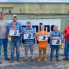 SAJAC entrega cascos de soldadura a los miembros y reclutas que pasan una prueba de soldadura de Inconel. De izquierda a derecha, Bill Campbell, instructor; Ryan Hicks, L-455; Buck Fendley, L-108; Chance Harrelson, L-456; Alysha Derby, L-433 y Joel Kipfer, instructor.