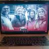 A pesar de ser un evento virtual, Tradeswomen Build Nations 2020 comenzó con imágenes y videos inspiradores que aparecieron en computadoras portátiles, tabletas, teléfonos inteligentes y otros dispositivos digitales en todo el mundo.